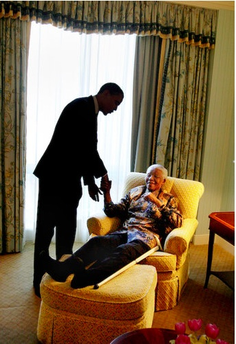Barack Obama and Nelson Mandela met in person in 2005. Photo David Katz. NYT