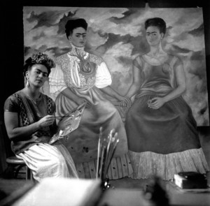 Kahlo painting portrait. Credit:rebelarte.livejournal