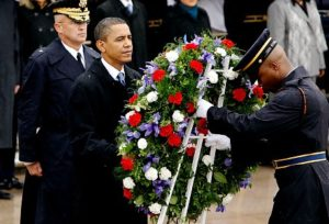president-obama-lays-a-wreath-at-the-tomb-of-the-unknowns-on-veterans-day
